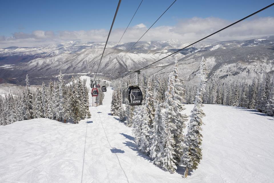 Aspen Mt gondola-credit Dan Bayer