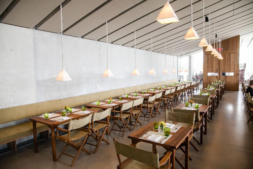 Verde Interior Image