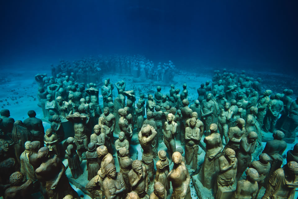 The Silent Evolution off the coast of Cancun, Mexico (Courtesy of Jason Decaires Taylor/Underwatersculpture.com