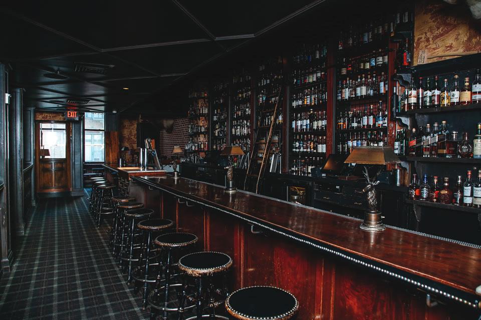bc_8_la_whiskey_seven-grand_by-jody-tiongco-11-2